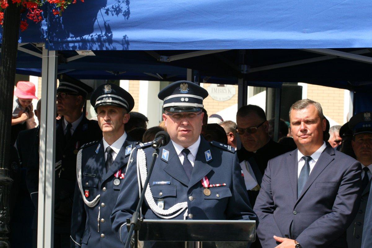 Zastępca Komendanta Głównego Policji w Lublinie podczas przemowy