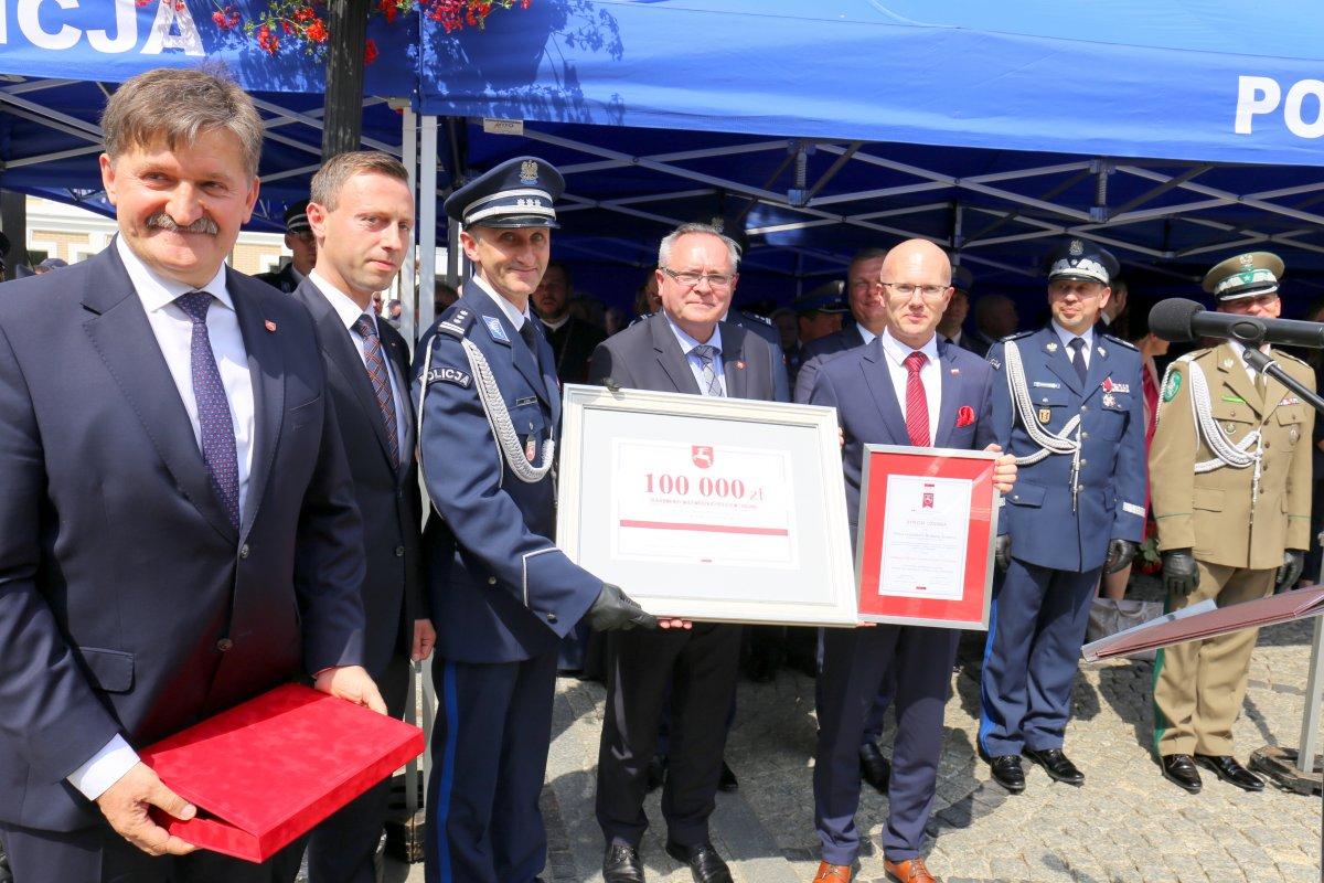 Komendant Wojewódzki Policji w Lublinie wraz z przedstawicielami Urzędu Marszałkowskiego w Lublinie