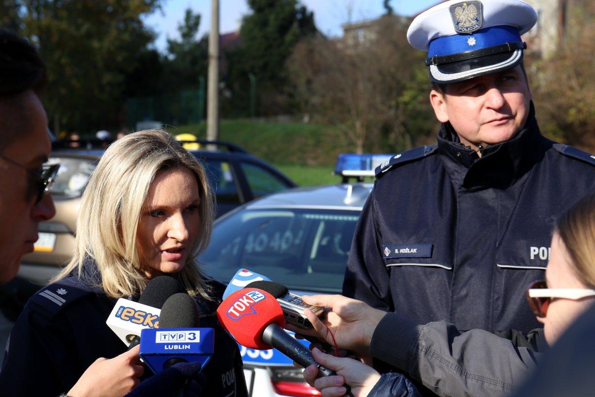 funkcjonariusze KWP w Lublinie podczas briefingu